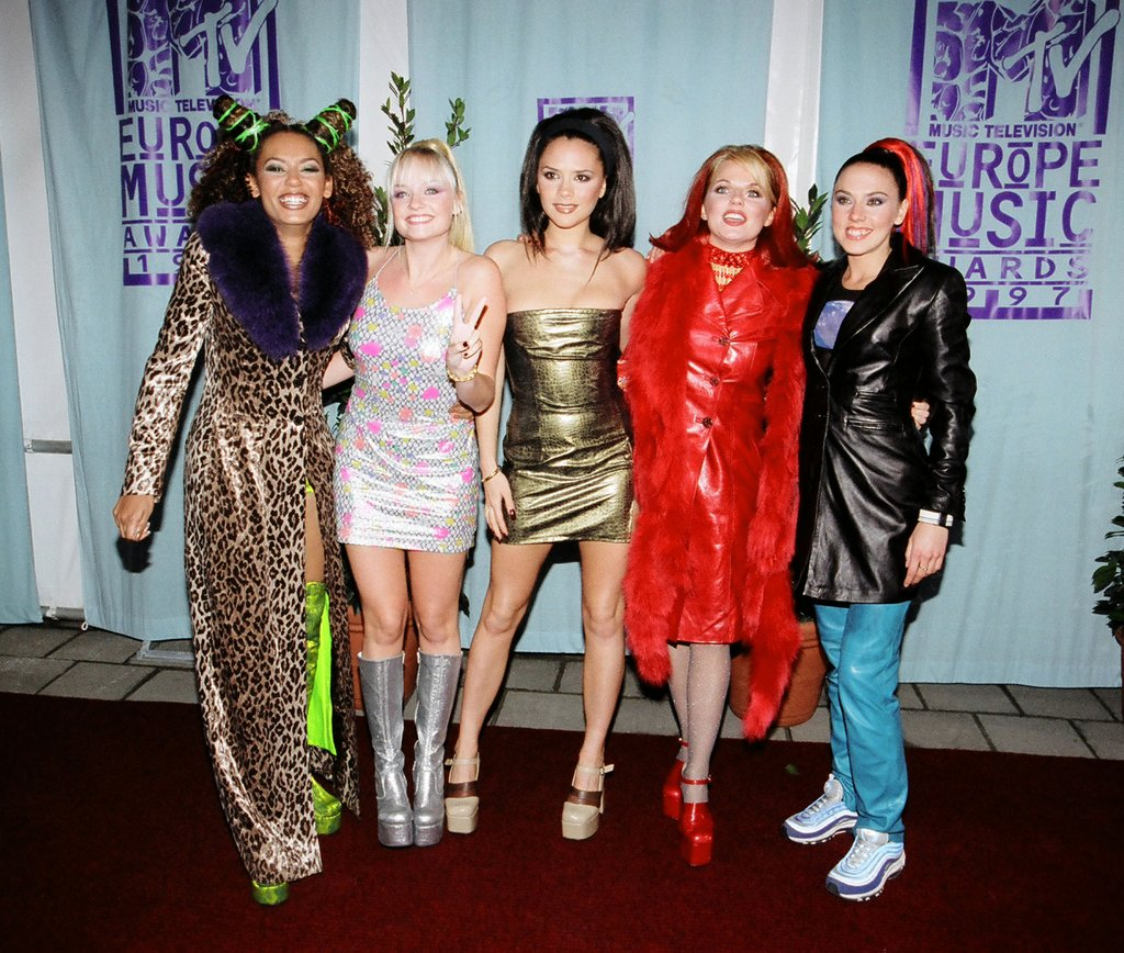 spice-girls-were-big-fans-platform-shoes.jpg