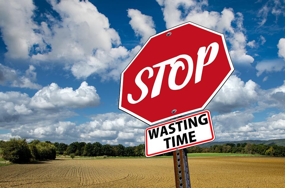 stop-3089945_960_720.jpg