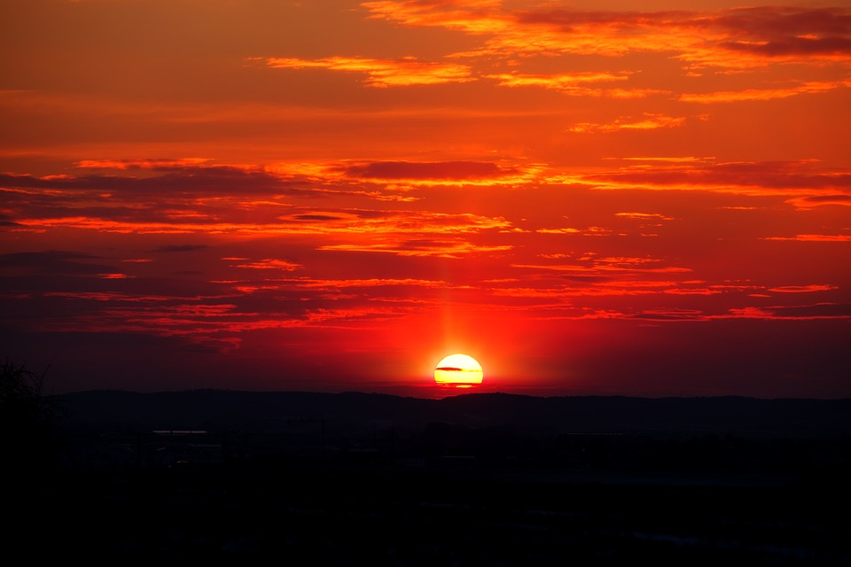 sunset-3176688_960_720.jpg