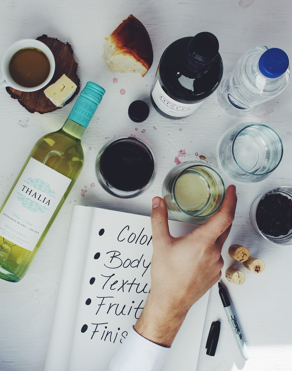 wine-1209019_1280.jpg