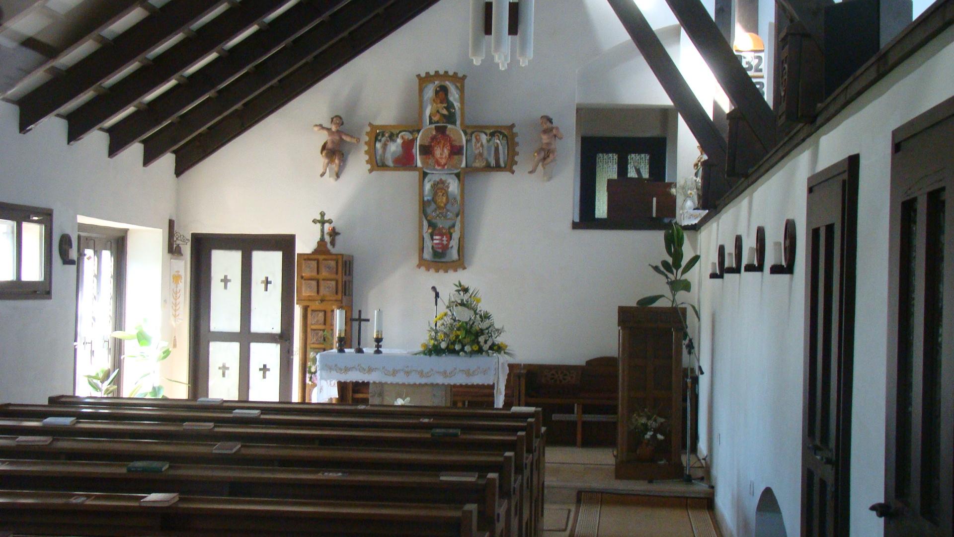 Az árahámhegyi templom Udvardi Erzsébet oltárképével