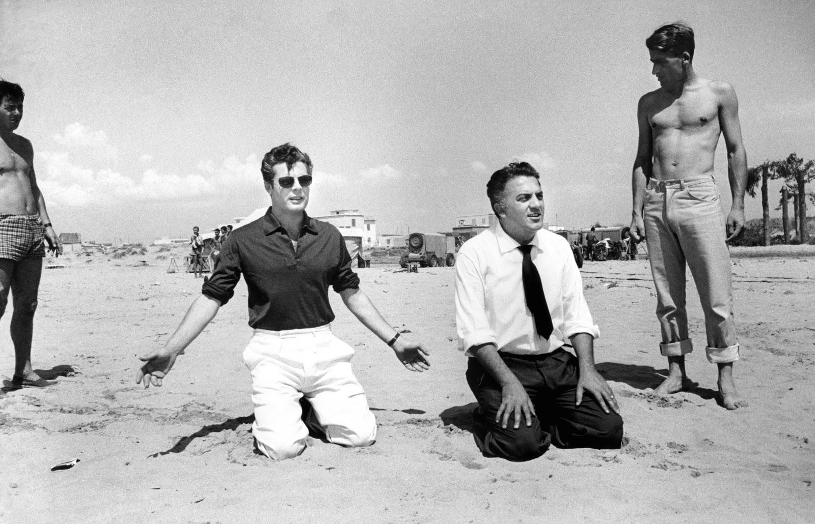 Federico Fellini és Marcello Mastroianni a Dolce Vita forgatásán, 1960