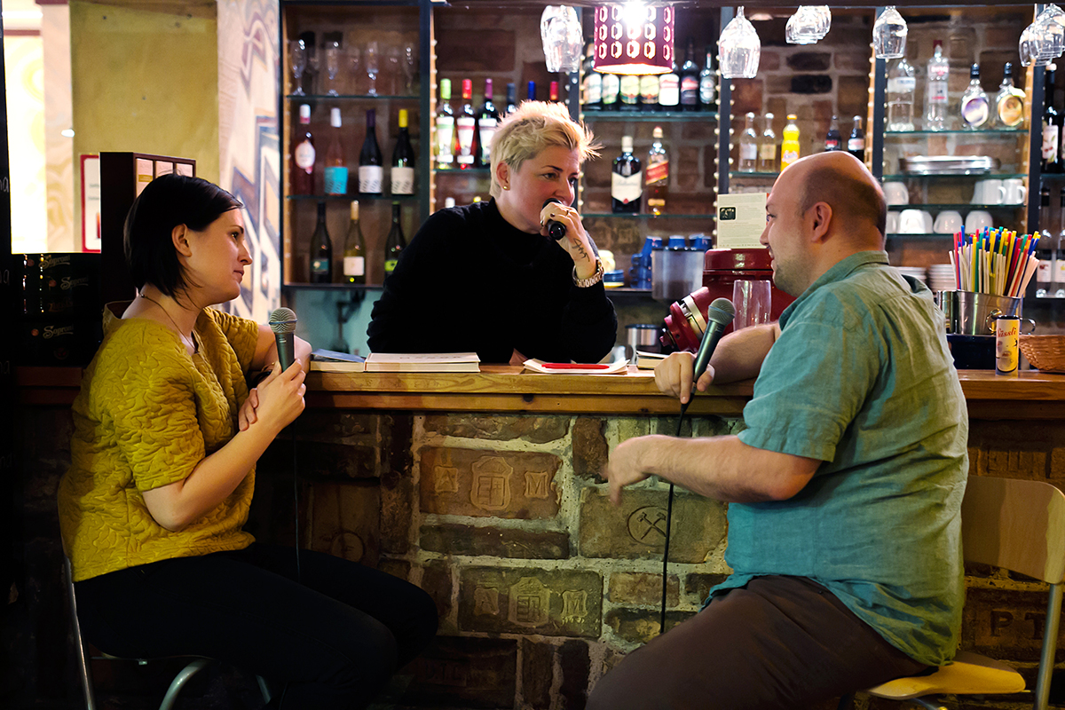 Krajcsó Nelli, Péter Petra és Gryllus Samu