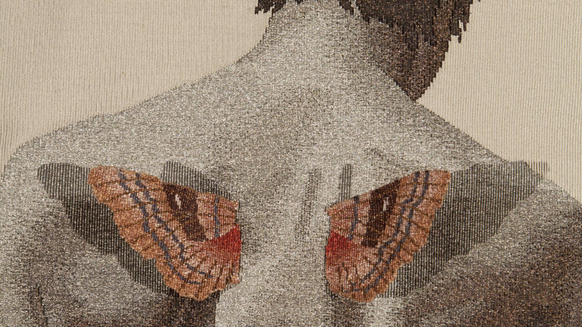 Jon Eric Riis: Ifjú Ikarosz szárnya – diptichon (részlet), 2016, technika: selyem, szénszál | méret: 200×86 cm