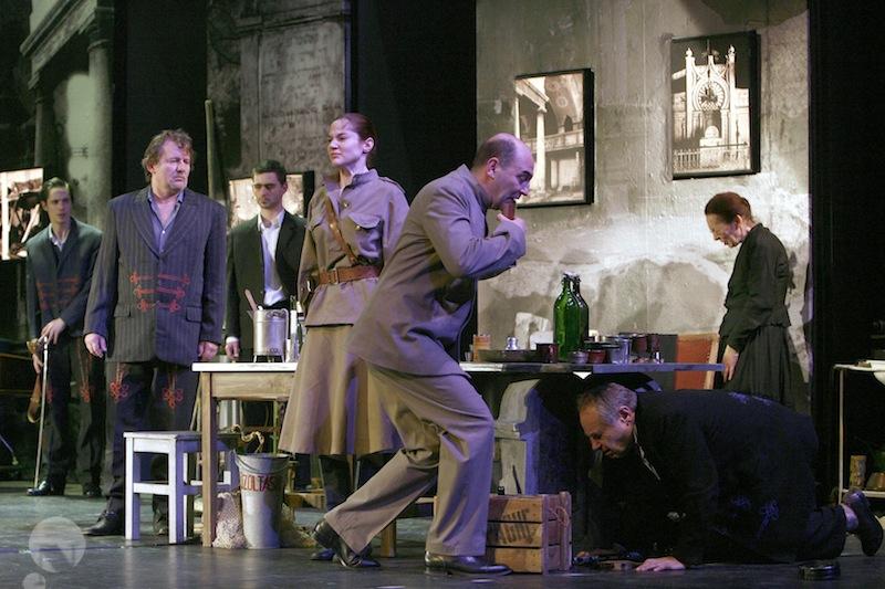Egyszer élünk - Nemzeti Színház 2011