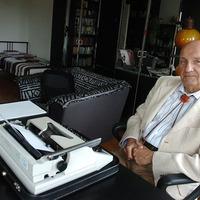 75 éves Lőrincz L. László