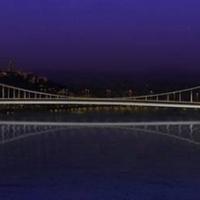 Ma átadják az Erzsébet híd díszkivilágítását