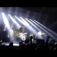 Botrányba fulladt Morrissey koncertje