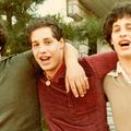 Az elválasztott hármasikrek története egyszerre csodálatos és félelmetes