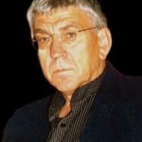 Elhunyt Schwajda György