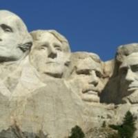 Ma lett 18 méteres az elnökök feje