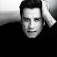 John Travolta arany kamerát kap
