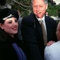 Monica Lewinsky milliárdokat kap a Clinton-könyvért