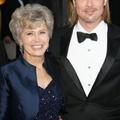Brad Pitt édesanyja nem bírja a melegeket