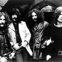 A Black Sabbath vezeti a listát