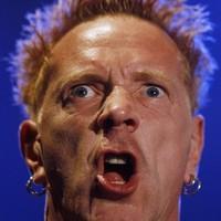 Sex Pistols: aranyos öregemberek bazseválása