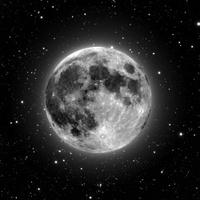 UFO-nak nézte a Holdat, felhívta a rendőrséget