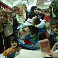 33 millió ember otthon és védelem nélkül