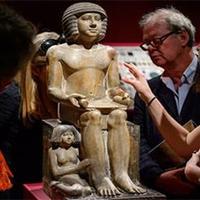 Két múzeum engedélyét is visszavonták