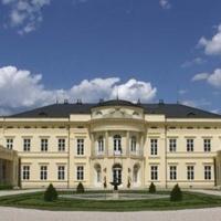 Uniós támogatásból szépül az ország egyik fenséges kastélya