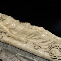 Dacból faragta meg a szobrot a vak művész