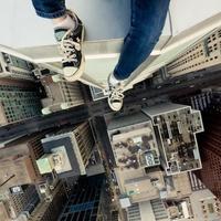 Halálos fotók készültek a város tetejéről