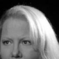 Hollywood egy rejtélyes újságírónőtől pánikol