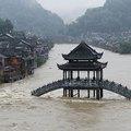 Áradás végezhet az ősi kínai várossal
