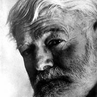 Száztíz éve született Ernest Hemingway