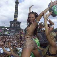 1,6 millióan szeleteltek a Loveparade-en