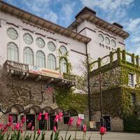 Retro Szálló nyílik a Veszprémi Petőfi Színházban