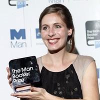 Új-zélandi írónő kapta a Booker-díjat