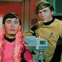 Házasodik a Star Trek- hős