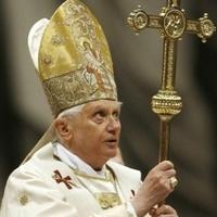 Az új óvszermárka Szent Benedek névre hallgat