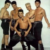 Robbie Williams visszatér a fiúkhoz