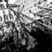 Zenészek lepik el a Szent István teret