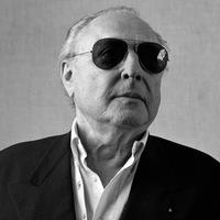 Elhunyt René Gainville