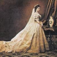 Erzsébet királyné eredeti ruhái Gödöllőn