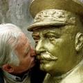 Sztálin szobrot avattak