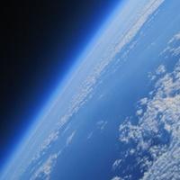 Két kamasz fiú juttatott embert az űrbe