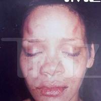 Tízmilliók csámcsoghatnak Rihanna megverési ügyén