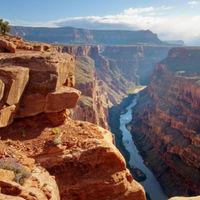 Fiatalabb a Grand Canyon, mint hittük