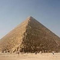 Még mindig rejt titokat a piramis