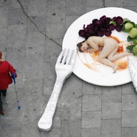 Meztelen emberevés Barcelonában