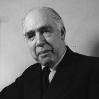 Ötven éve hunyt el Niels Bohr