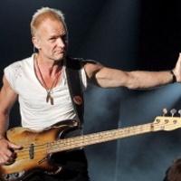 Sting rendesen megfeji a rajongókat karácsonykor