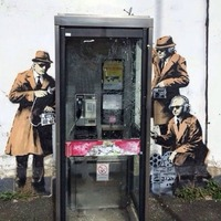 Vandálok rongálták meg a Banksy-graffitit