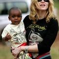 Madonna titokban egy afrikai bíróság elé állt
