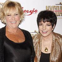 Liza Minnelli törött csonttal énekelt végig egy koncertet