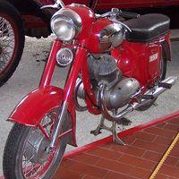 Oldtimer motorok a Közlekedési Múzeumban